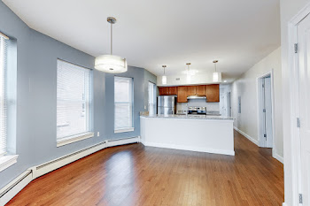 Go to York St - 2 Bed, 2 Bath Floorplan page.