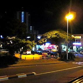 by Nico Ebersohn - City,  Street & Park  Night ( stop, street, lamp post, night, black,  )