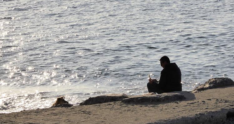 Solo con il mare di Piera