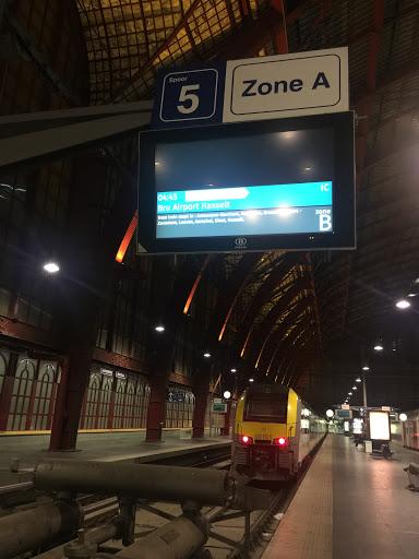 Brussels airport to Antwerp