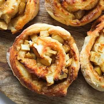 Air Fryer Apple Cinnamon Rolls {No Yeast}