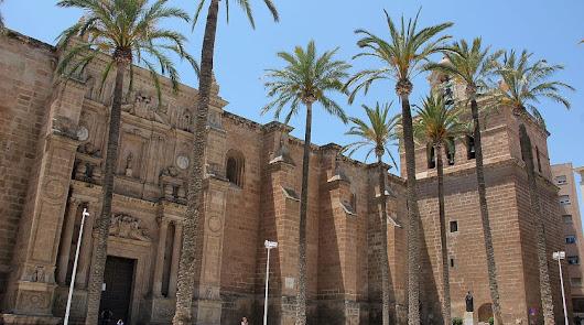 3 de mayo: la fecha propuesta por Juanma Moreno para volver a misa