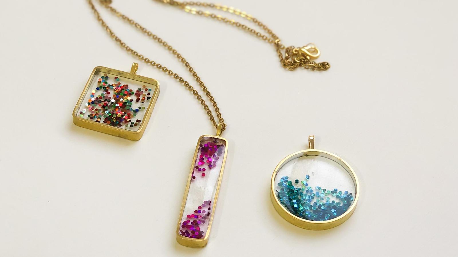 glitter resin necklace