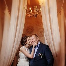 Bryllupsfotograf Lyubov Pyatovskaya (Lubania89). Bilde av 15.01.2016