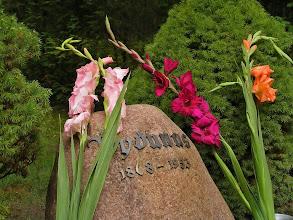 Photo: Šventė prasideda nuo Vydūno pagerbimo.