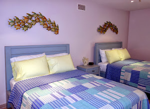 Photo: 2 Queen beds room !