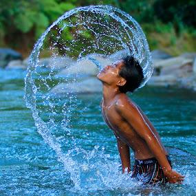 main air coy by Miswar Rasyid - Babies & Children Children Candids ( water, splash, water drop  )