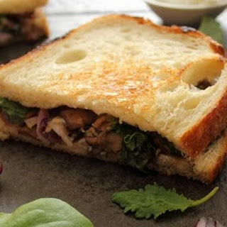 Mushroom and Rosemary Goat Cheese Sandwich with Red Onion Recipe