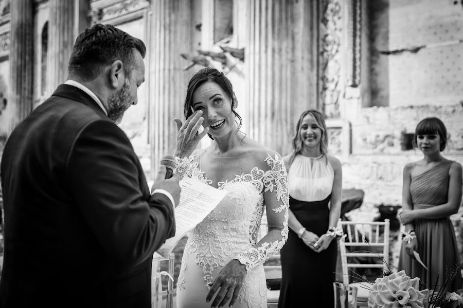 Wedding photographer Barbara Fabbri (fabbri). Photo of 04.12.2019