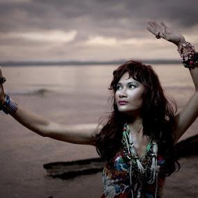 Heide by Jayrol Cabagtong - People Portraits of Women