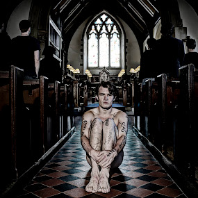 Capturing Rejection by Luke Aylen - People Portraits of Men ( christians, god, church, hurting, aisle, labels, judgemental, rejection, vulnerable, religion, open, hurt, naked, welcome, alone, man )