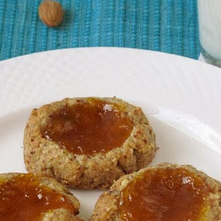 Healthy Almond and Oat Thumbprint Cookies with Apricot Preserves