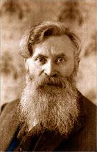 Foto: René Desiderius De Clercq (Deerlijk, 14 november 1877 - Maartensdijk, 12 juni 1932) was een Vlaams schrijver, dichter, politiek activist en componist.