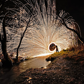 Steelwool spinning by Marius Birkeland - Abstract Light Painting (  )