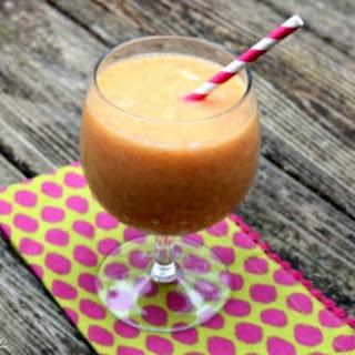 Grapefruit, Banana, and Mango Sunrise Smoothie Recipe