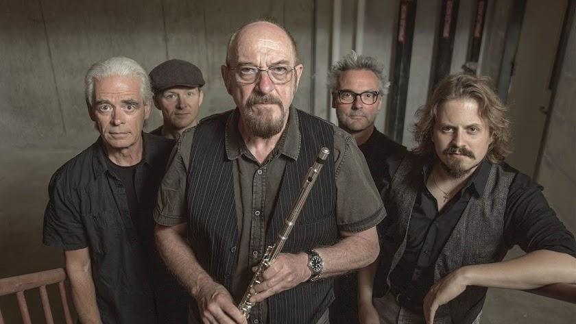 La legendaria banda Jethro Tull regresa a Almería, donde actuó en junio de 2007.