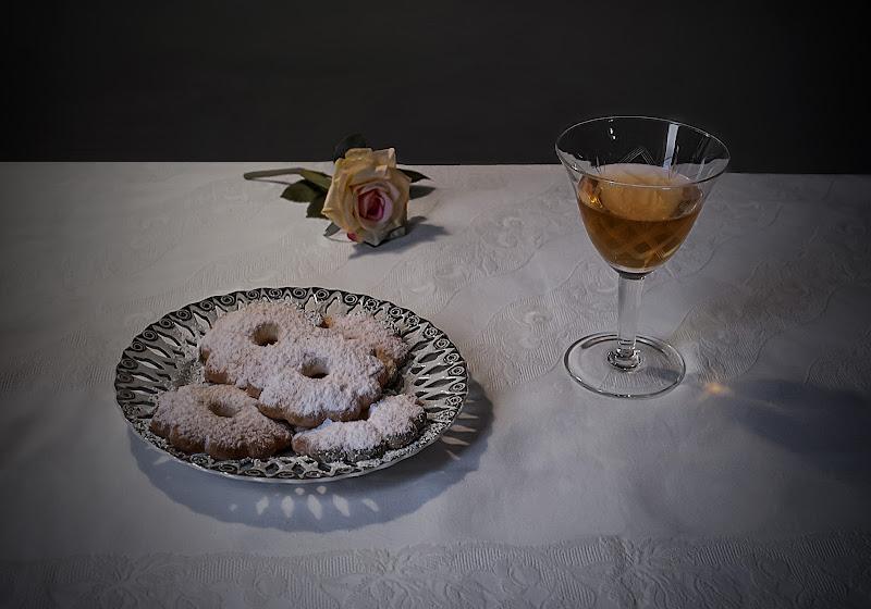Canestrelli e vino passito di mariarosa-bc