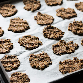 TWO INGREDIENT BANANA AND RYE FLAKES COOKIES