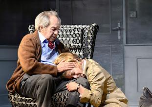 Photo: WIEN/ Kammerspiele der Josefstadt: SCHON WIEDER SONNTAG - zum 85 Geburtstag von Otto Schenk. Inszenierung: Helmut Lohner. Otto Schenk, Hilde Dalik. Copyright: Barbara Zeininger