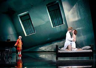 Photo: Wien/ Raimundtheater: MOZART - das Musical. Premiere 13.9.2015. Lucas MacGregor, Oedo Kuiper, Franziska Schuster. Copyright: Barbara Zeininger