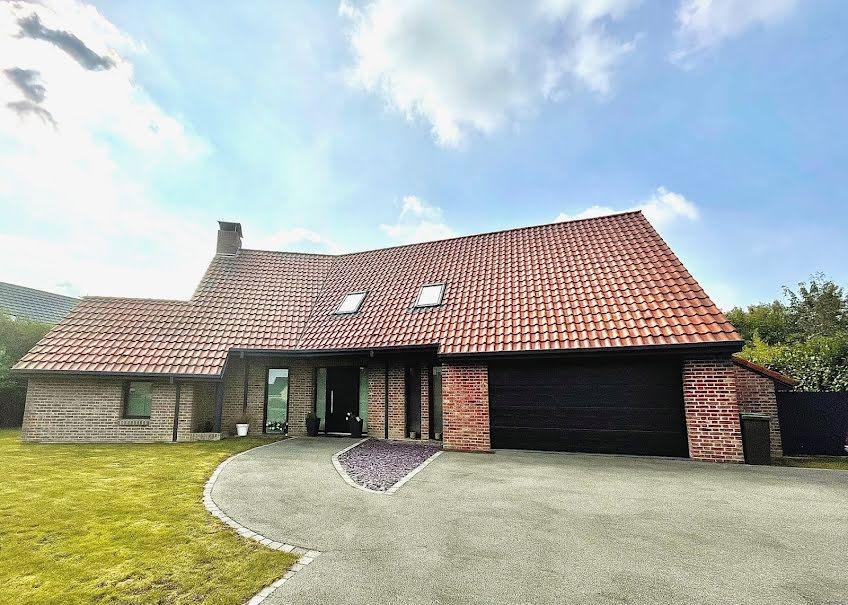 Vente maison 11 pièces 190 m² à Wallon-Cappel (59190), 425 000 €