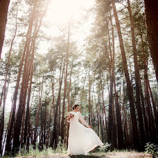 Wedding photographer Alena Polozhenceva (nimta). Photo of 19.11.2018