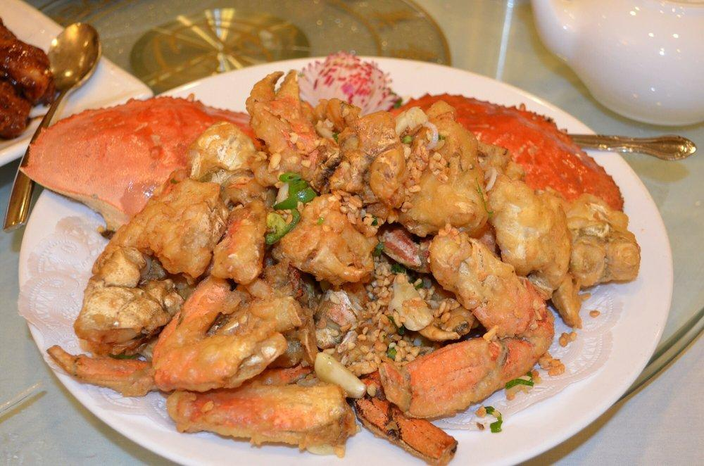 Photo of Asian Pearl Seafood Restaurant - Richmond, CA, United States. Deep fried crab at Asia Pearl Seafood Restaurant in Richmond.