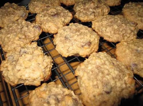 "Irresistible Banana Oatmeal Chocolate Chip Cookies ""Just made these. Very moist cookies..."
