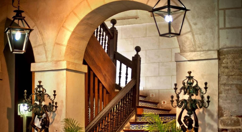 Hotel Condes de Castilla