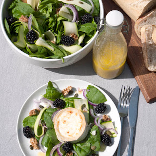 Spinach & Blackberry Salad with Goat's Cheese