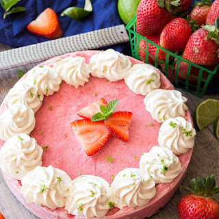 Skinny Strawberry Daiquiri Pie