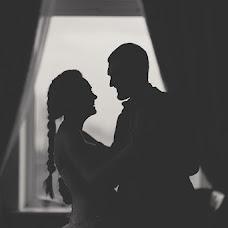 Wedding photographer Yuliya Shik (Cuadro-f). Photo of 09.07.2013