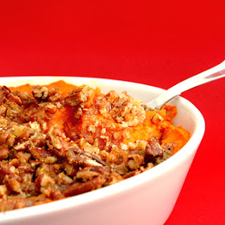 Recipe for Thanksgiving Mashed Sweet Potatoes with Pecan Crumble