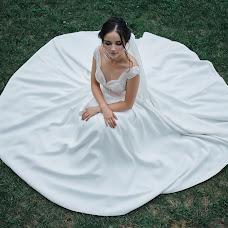 Wedding photographer Roman Gorelov (hellsmile). Photo of 21.08.2018
