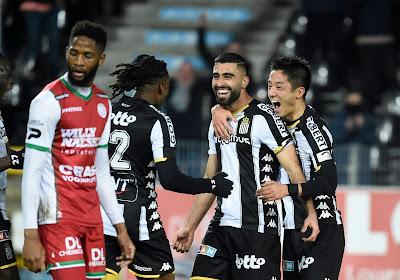 """Hein Vanhaezebrouck encense deux joueurs de Charleroi: """"Ils sont prêts à franchir un cap, à l'étranger"""""""