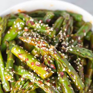 Asparagus with Spicy Gochujang Glaze