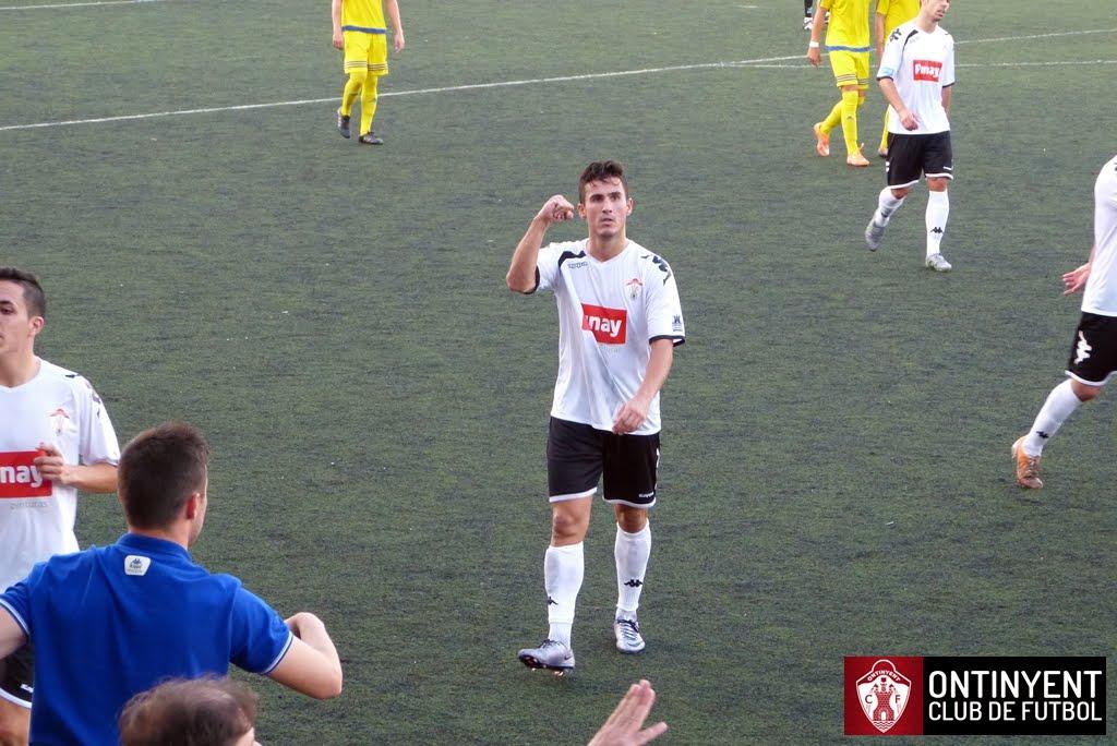 Ontinyent CF CD Torrevieja Fernando DOménech