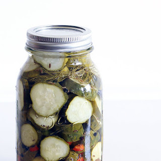 Quick And Easy Dill Refrigerator Pickles