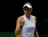 Caroline Garcia plaatst zich met veel moeite voor kwartfinales in Connecticut