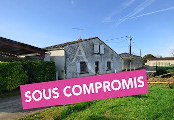maison à Merignac (16)