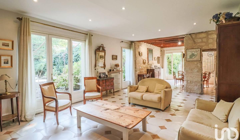 Maison avec terrasse Montesson