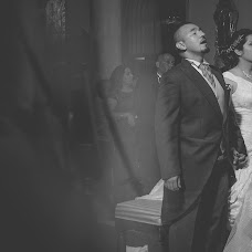 Wedding photographer Jona Escalante (jonaescalante). Photo of 26.03.2015