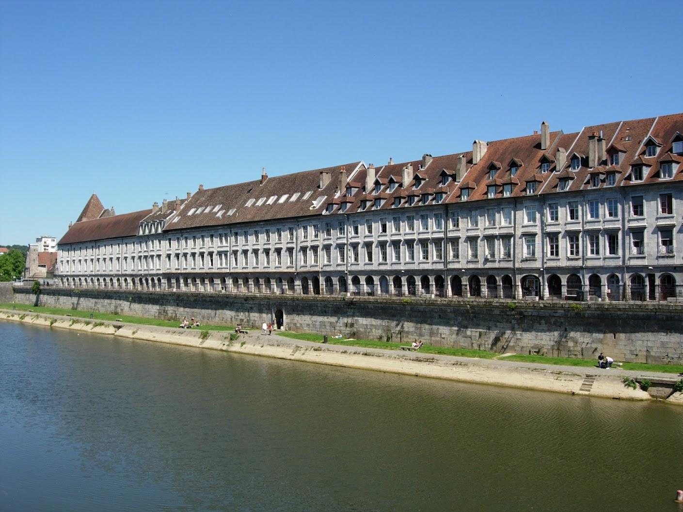 Quai Vauban à Besançon