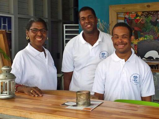 Déjeuner extra-ordinaire organisé par Le Projet de L'Arche en Martinique !