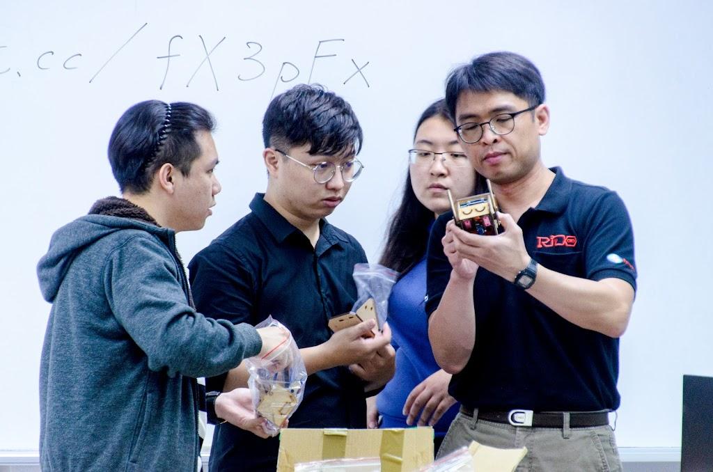 2019-11-13 學院課程 4 ─ 容易卻不簡單的 Arduino 進階實作