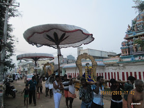 Photo: emperumAnAr following in the footsteps of thiruppANAzhwAr