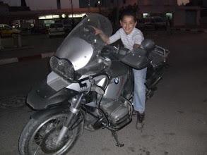 Photo: tunesischer Nachwuchs-GS-Fahrer (Urheberrecht K. Oppmann)