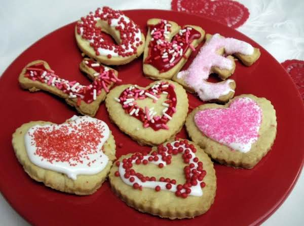 Love Abounds with These Edible Valentine Treats