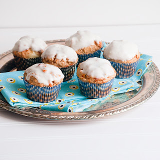 Carrot Cake Muffins with Ginger Cream Cheese Filling