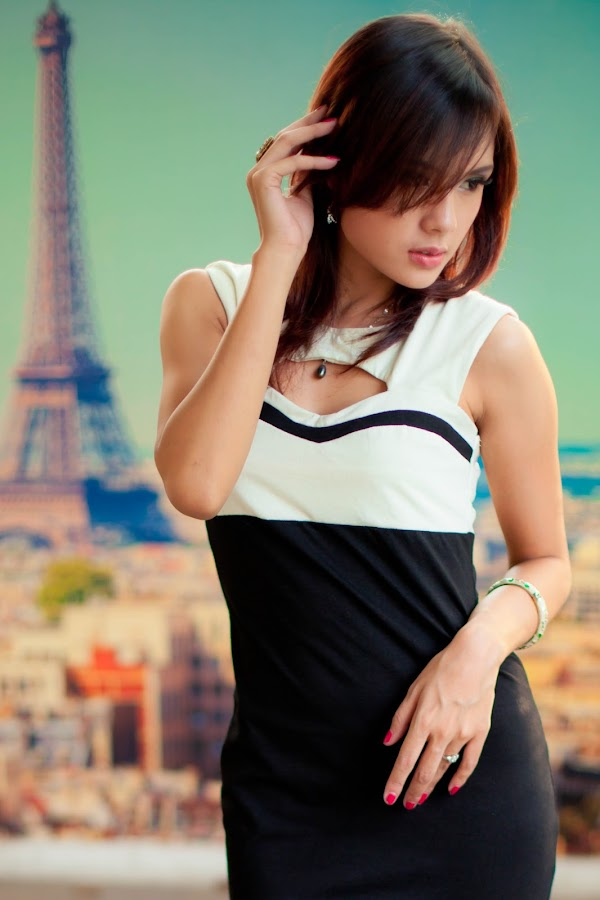 iam in paris 2 by Nino Collino - People Portraits of Women ( model, sexy, beuty, indonesia )